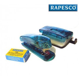 souprava Rapesco obsahuje pěknou stolní sešívačku, děrovačku a sadu sešívacích drátků